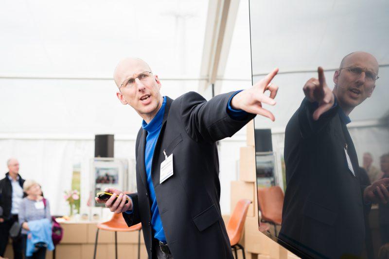 professor Maarten Kleinhans